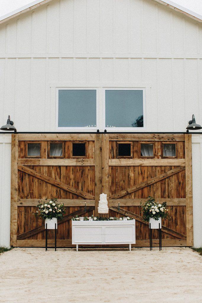 outdoor barn wedding venue